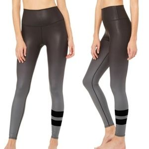 ALO YOGA High-Waist Airbrush Legging Gradient Blk